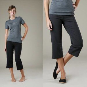 PRANA Grey Cropped Capri Leggings